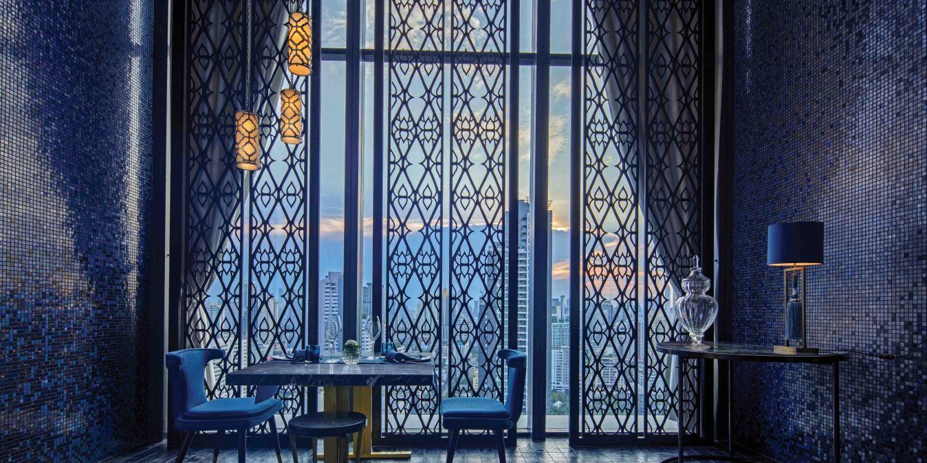Restaurant dans un hôtel de luxe à Bangkok.